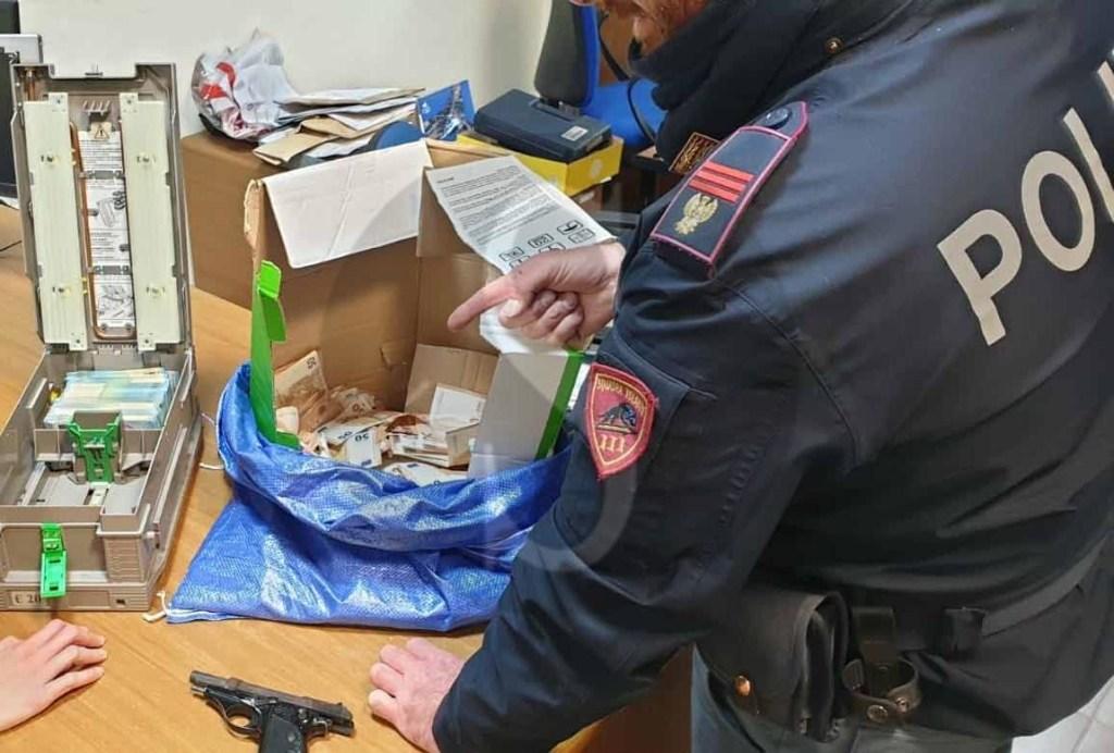 Messina, rapina da 69.000 euro alle Poste di via del Santo: arrestato pregiudicato