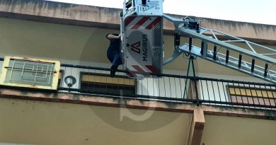 Messina, morto l'anziano intossicato nell'incendio di Capodanno a Paradiso
