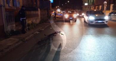 Barcellona PG, scontro tra auto e bici a Oreto: 2 feriti, traffico in tilt