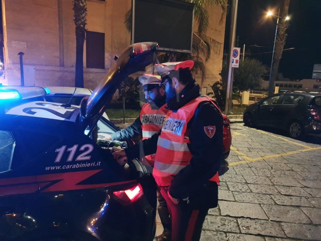 Messina, movida selvaggia tra alcol e droga: 13 denunce e 24 contravvenzioni