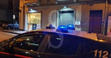 Messina, rapina alla farmacia Giacopello: caccia ai due malviventi