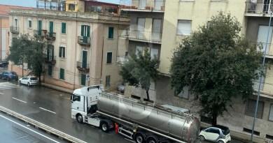 Messina, chiude il porto di Tremestieri e in viale Boccetta torna l'inferno con i TIR