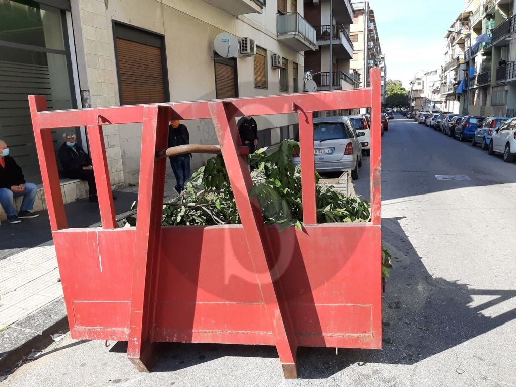 Messina, violento incidente tra via Vittorio Veneto e via Siracusa: 4 feriti