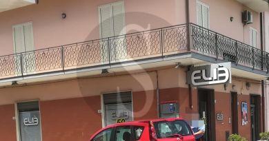 Milazzo, incidente tra auto e moto: centauro in ospedale, traffico in tilt