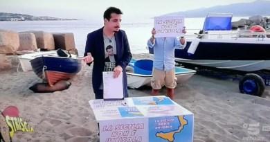 Clamoroso scherzo di Striscia la notizia con la complicità del sindaco di Messina: la Sicilia non è un'isola