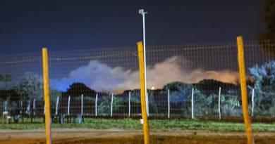 Barcellona PG – Vasto incendio in un terreno di contrada Pagano. Intervento dei vigili del fuoco