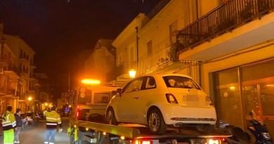 Barcellona PG – Avviato stamattina il servizio di spazzamento, decine le auto in sosta rimosse dal carro attrezzi