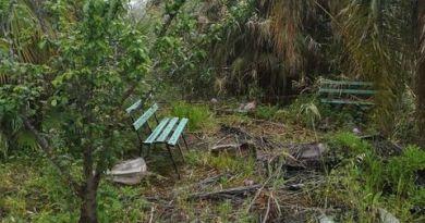 Barcellona PG, degrado e abbandono nella piazzetta di Acquacalda: i residenti chiedono interventi urgenti