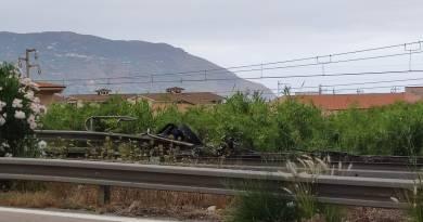 Patti, incidente sulla A20. Mezzo pesante vola giù dal viadotto