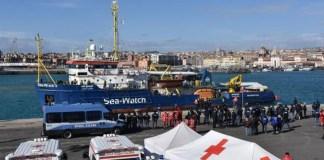 Sea Watch - guardia costiera - catania