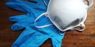 guanti e mascherine