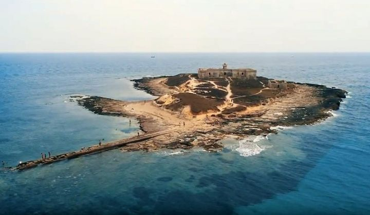 Sailing in Sicily it is pretty much awesome, the inlets and the wonderful minor Sicily's island represent the ideal place for visitors..