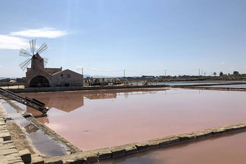 The salt pans of Sicily were exploited in antiquity when salt was exported as far as Norway. The long periods of sunshine land made these pans productive..