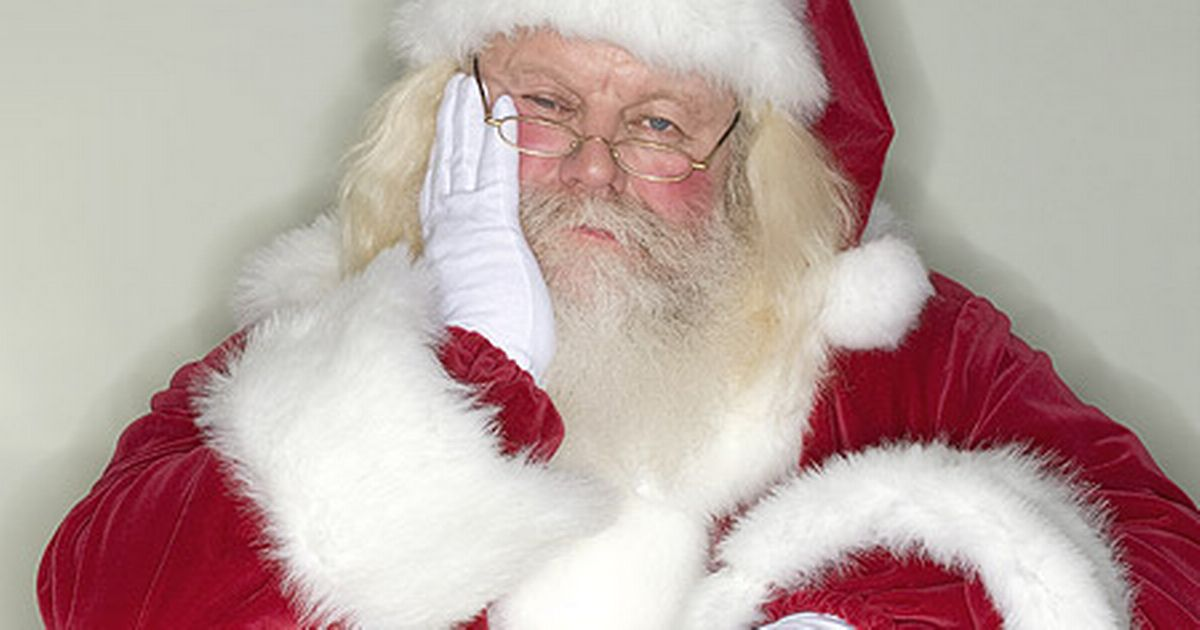 Psychologist Says Listening To Christmas Songs On A Loop