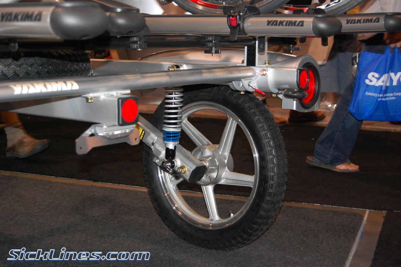 2010 yakima rack and roll trailer