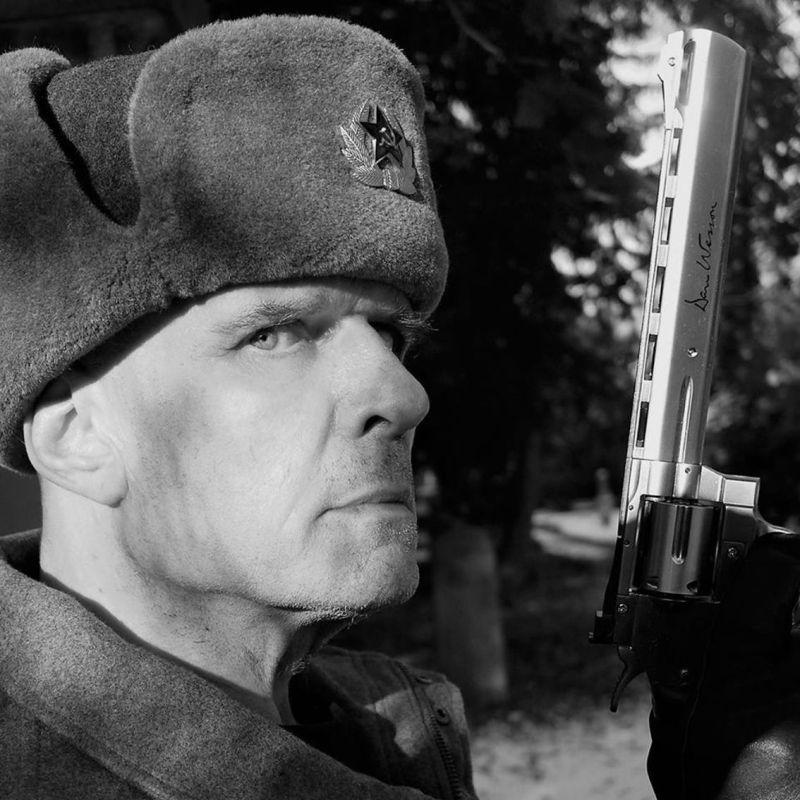 Felix Flaucher  Summers Silke Bischoff S After A Long Battle