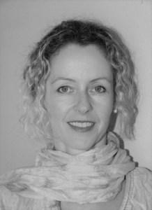 Iris Beldi Gebietsleiterin Verkauf Aussendienst Region Solothurn Bern Westschweiz bei Sidefyn Cosmetics