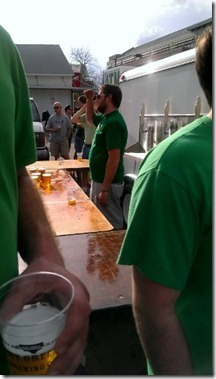 serving beer at race