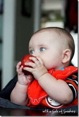 starting solids with baby led weaning
