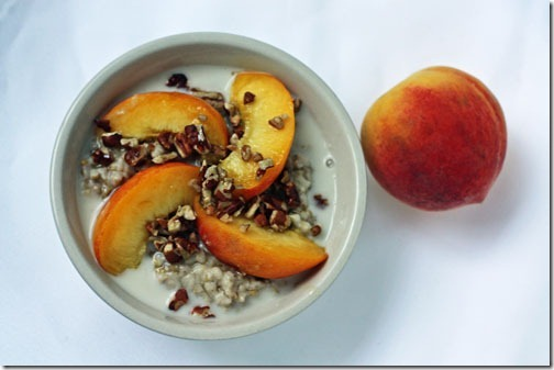 oatmeal with peaches and cream