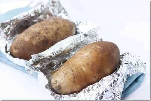 baked potatoes in slow cooker