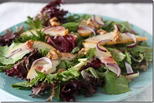 pear walnut salad
