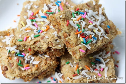 oatmeal cookie bars with sprinkles