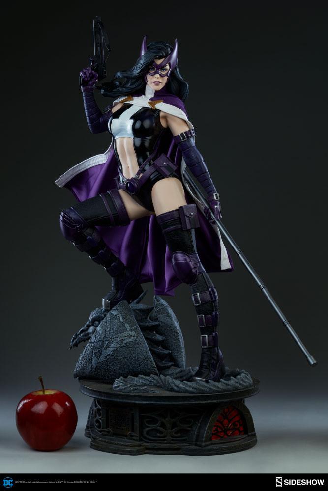 DC Comics Huntress Premium FormatTM Figure By Sideshow