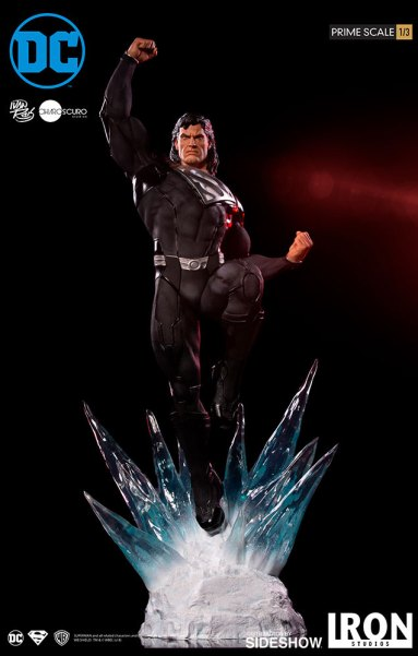 Superman Black Suit Statue by Iron Studios/Sideshow Collectables