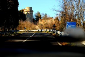 siena-house-approach-to-trequanda