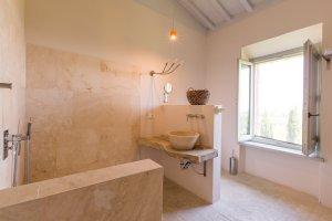 2015-08-28-siena-house-rooms-8