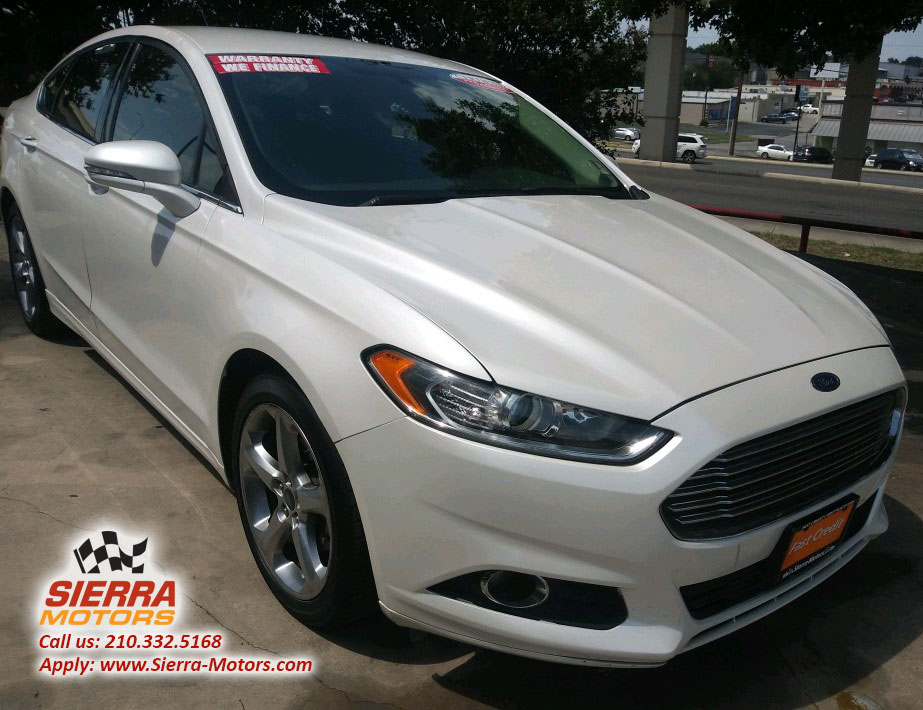2017 Ford Fusion Purple