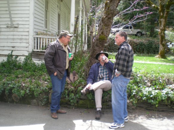 Don Russell holds court with Dennis Miller and Don Potter