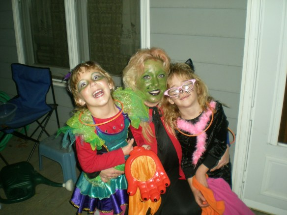 Arianne Jackson, Lynnea White and Mariah White happy Trick or Treaters