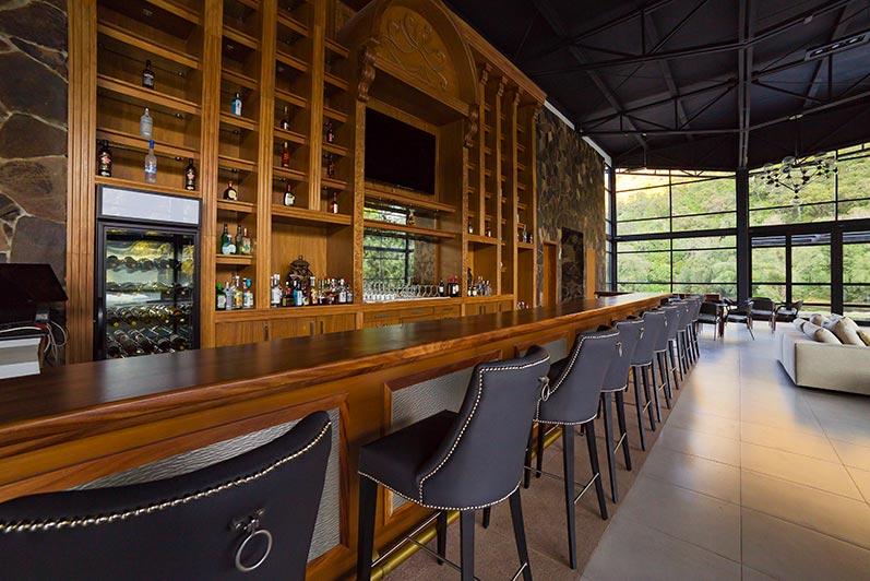 Saborea el Exquisito Lujo de la Quietud - Nuevo lobby bar y restaurante