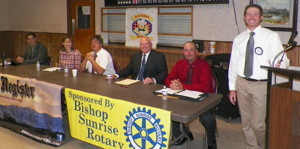 Bishop City Council candidates (l-r) Keith Glidewell, Karen Schwartz, Howard Wu, Joe Pecsi, Jim Ellis with moderator