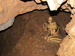 cheddar-caves-haunted-places