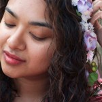 Softsoap Pure Zen Hydra Bliss bodywash review, girl with floral headband