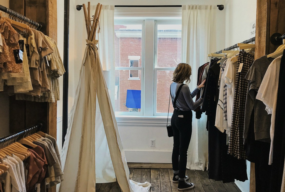 Thrift Vs. Online Shopping – Which One Is Suitable for You- sifa's corner