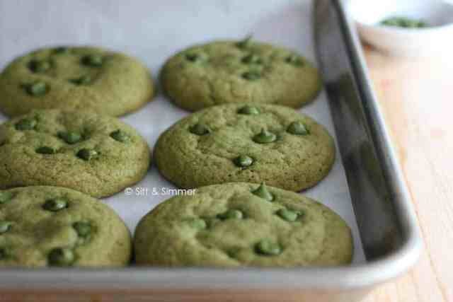 Matcha Chocolate Chip Cookie