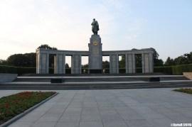 Soviet Monument Ehrenmal Tiergarten Berlin