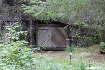 Salpa Line Lusikkovuori Cave
