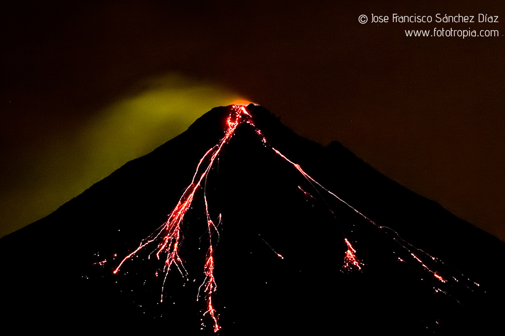 volcan_Arenal_3
