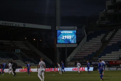 Bylo vydáno 2985 lístků, holt ideální počasí pro fotbal