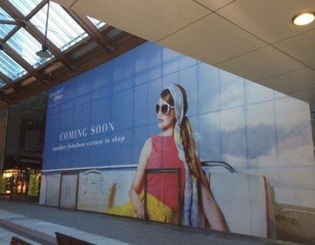 27-673-promotional-window-graphics