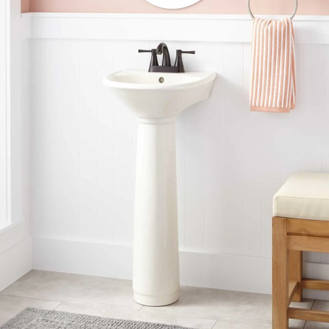 Farnham Porcelain Mini Pedestal Sink Pedestal Sinks Bathroom