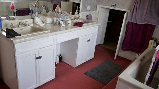 Bathroom Makeover - Mead Way BEFORE 1