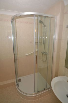 Retirement flat shower refurbishment - Coulsdon Emerald Court 2