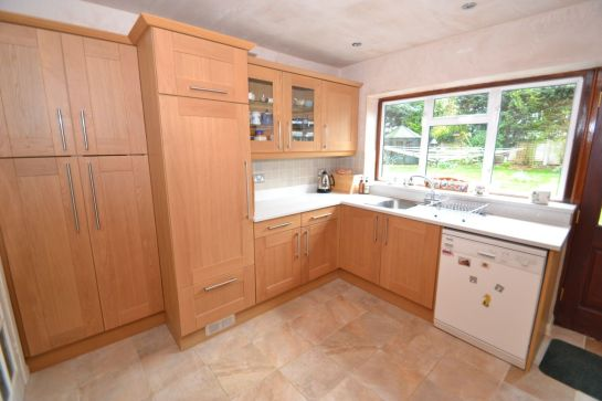 Kitchen Makeover - The Chase 3