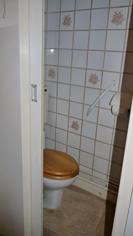 Bathroom Makeover with knock through - Helder Street BEFORE 2